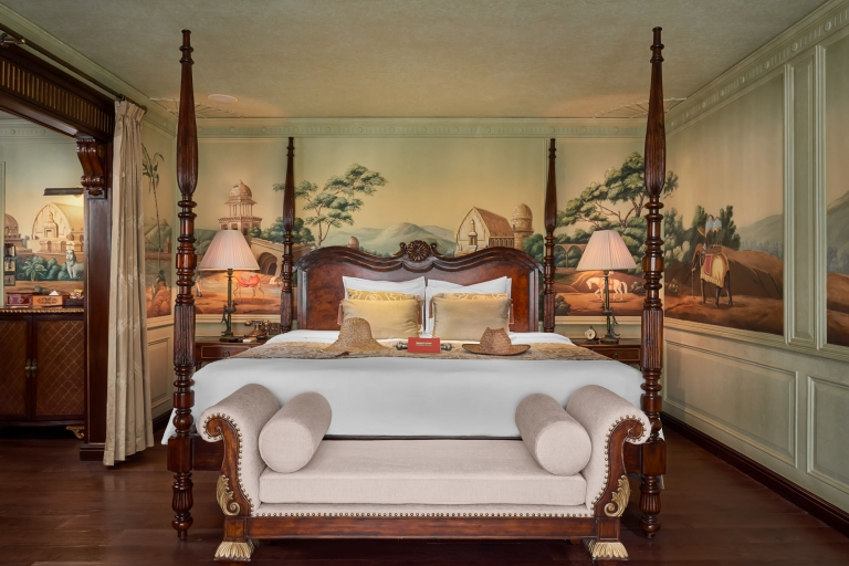laos river cruise photographer Jahan Lord Byron Suite