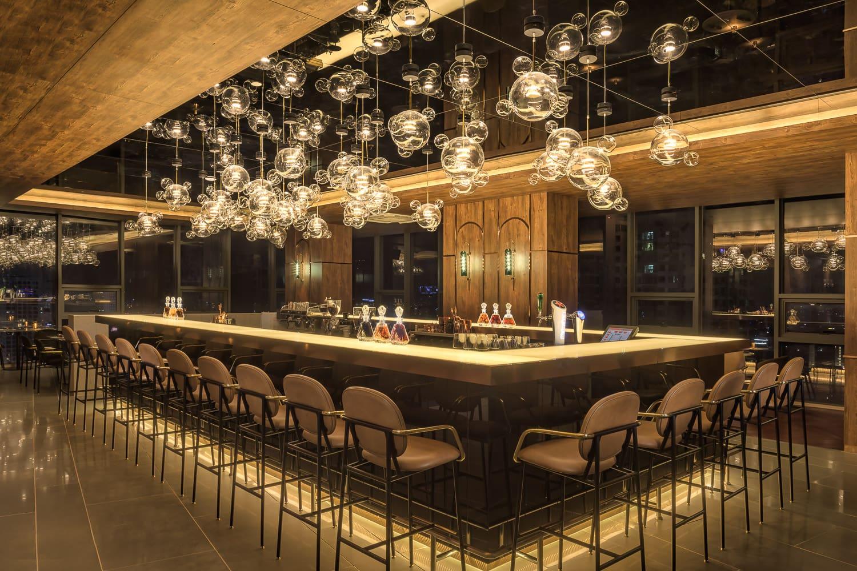 top 10 hotel ota photographs - bar and restaurant