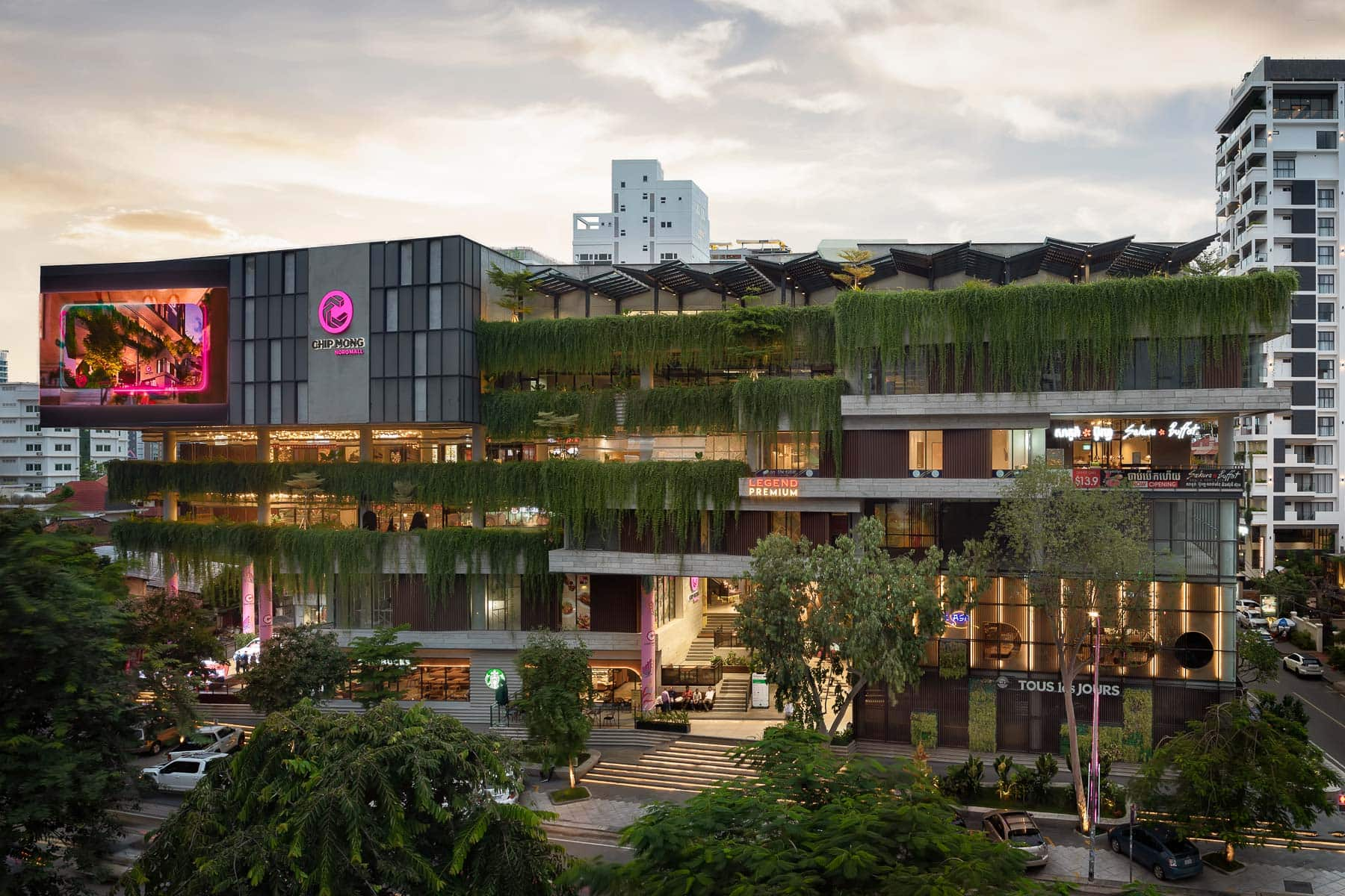re edge architecture chip mong noro mall